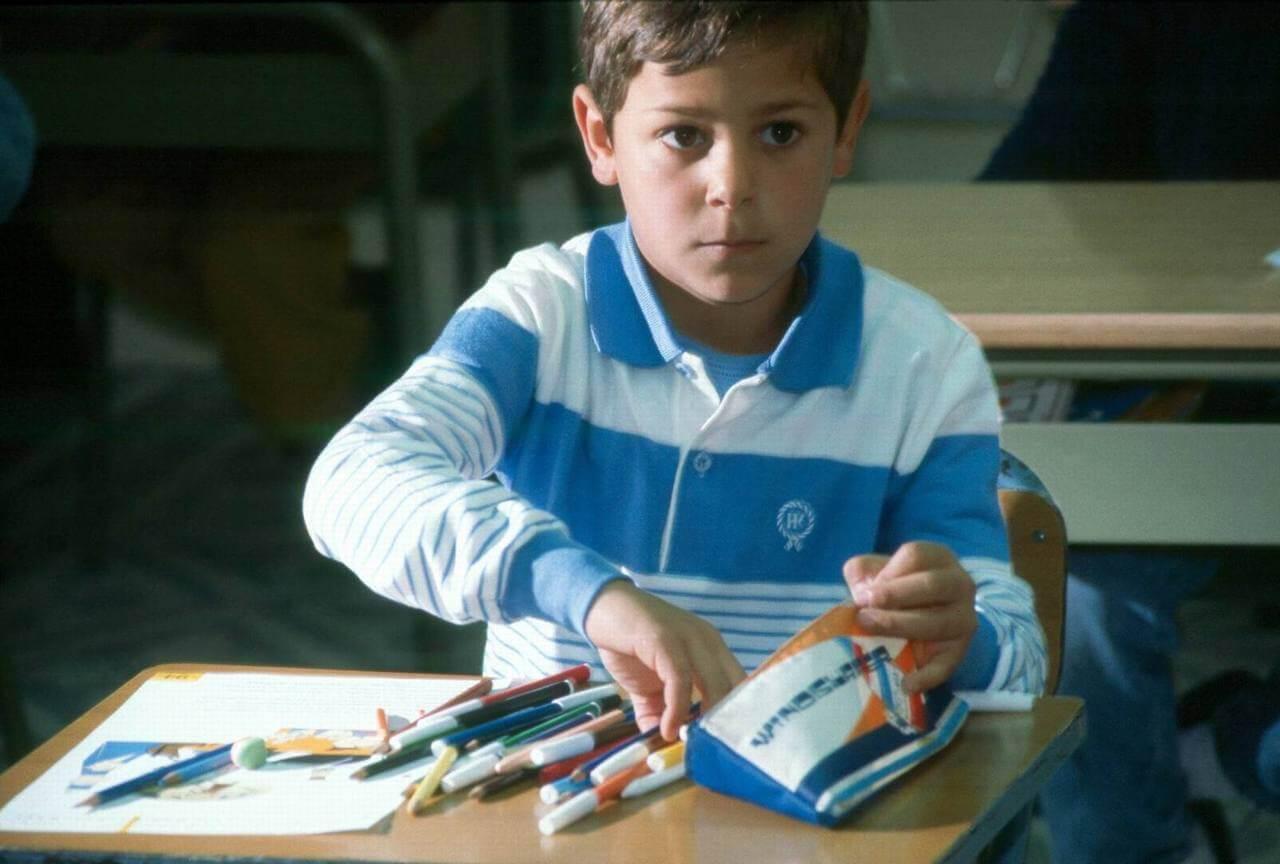 طفل جزائري في الطور المتوسط
